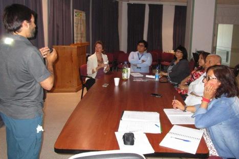 Equipo multidisciplinario de participación ciudadana del Hospital Santa Cruz se reunió con referentes del Servicio de Salud