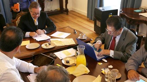 Consejo de Administración de la U. Regional analiza avances y estatutos de la casa de estudios