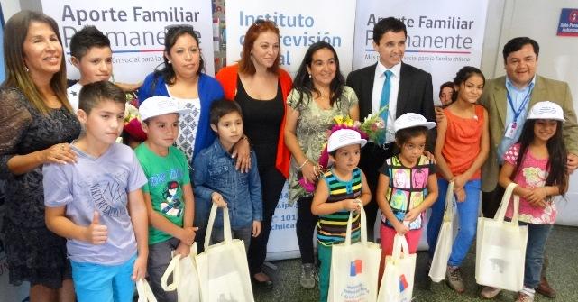 Felices beneficiarias del Aporte Familiar Permanente en Colchagua