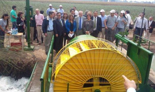 Ministro Pacheco inaugura proyectos de energías renovables en liceo Agrícola El Carmen