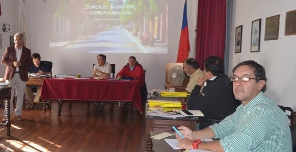 SERNATUR expone estrategia de desarrollo turístico para la Región de O'Higgins ante el Concejo Municipal de Malloa
