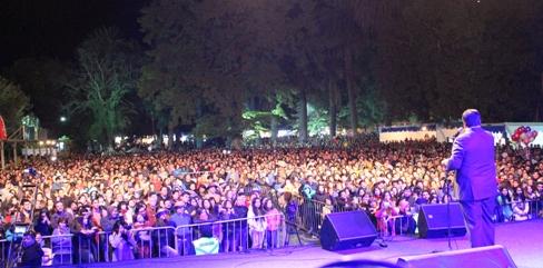"""Record de público y destacados artistas nacionales y extranjeros en la 7ª """"Fiesta de la Vendimia de Peralillo"""""""