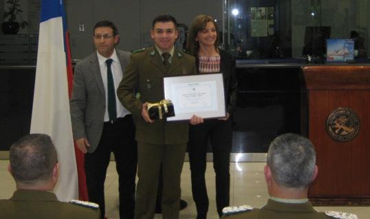 Banco de Chile entrega tradicional reconocimiento  a 49 carabineros a lo largo de todo el país