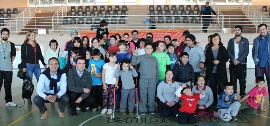 Gimnasio Municipal Patricio Mekis da la bienvenida al Club Integración