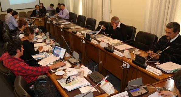 CORE: Comisiones de Infraestructura y Desarrollo Social aprueban importantes iniciativas para la Región