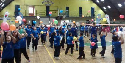 Pequeños de Santa Cruz participaron en clínica de voleibol de los Juegos Predeportivos Escolares