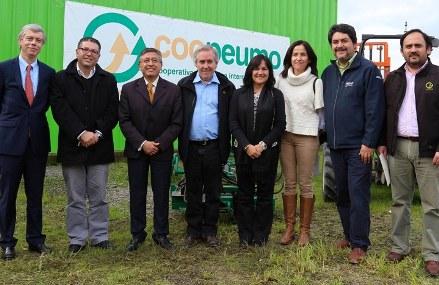 """Crédito del BID corona festejos por 47 años de la """"ejemplar"""" cooperativa Coopeumo"""