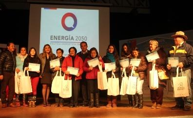 """200 familias de Pichilemu recibieron """"Kits Eficientes"""""""