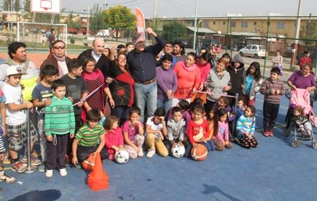 Alcalde Eduardo Soto inauguró nueva multicancha en Rancagua