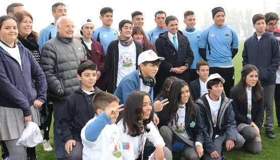 Niños de la región conversan con jugadores de Club Deportivo O´Higgins sobre Trabajo Infantil