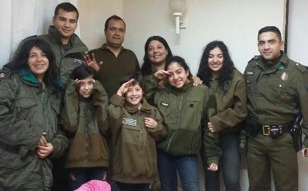 Carabineros de Pichilemu  rescatan a 7 personas aisladas