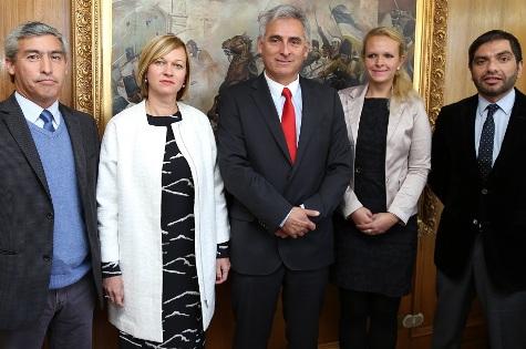 Región de O´Higgins y organismo húngaro firman convenio comercial con foco en la agricultura