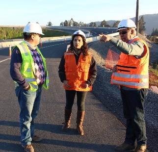 SEREMI de Obras Públicas inspeccionó trabajos en ruta que une San Fernando y Santa Cruz