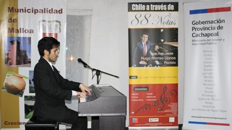 Pianista Hugo Alonso Llanos llevó su música por seis comunas de Cachapoal