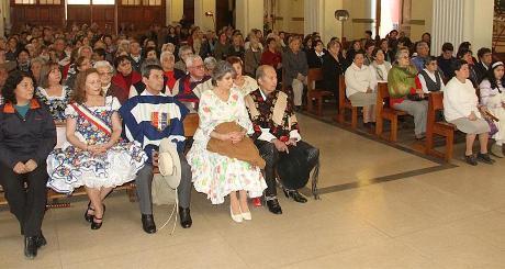Adultos mayores de Rancagua comienzan los festejos de Fiestas Patrias con Misa a la Chilena