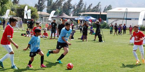 Tres barrios de O´Higgins representaron a la Región en la final nacional DE Fútbol Más