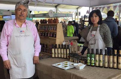 Con apoyo de SERCOTEC, 2 pequeños emprendedores  de la región llevaron sus productos gourmet a Echinuco