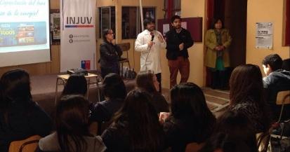 INJUV O´Higgins realizó charla de energía a estudiantes de Pichilemu