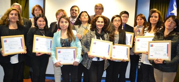 Maestros fueron reconocidos en celebración regional del Día del Profesor