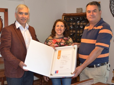 SERNATUR entrega dos Sellos de Calidad Turística en Santa Cruz