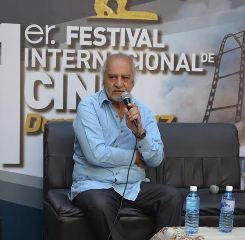 """Director de Instituto Audiovisual de UOH  recibe premio """"Centauro de Oro"""" en México"""