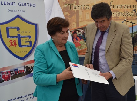 Alcaldesa de Olivar anuncia creación de liceo TP en Gultro