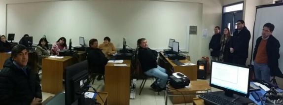Feriantes de San Fernando se capacitan en Facturación electrónica