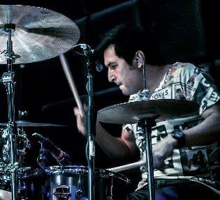 Destacado baterista nacional realizará MasterClass gratuita sobre técnicas de microfonía