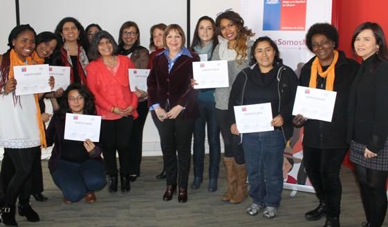 Grupo de mujeres migrantes se certifica como Monitoras de Prevención de Trata y Explotación de mujeres