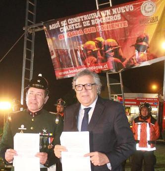Alcalde de Rancagua entregó terreno para  construcción de nuevo cuartel de Bomberos