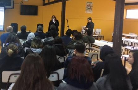 """En Pichilemu SEREMI de Energía invita a jóvenes a participar en concurso """"Mi Energía tú Energía"""""""