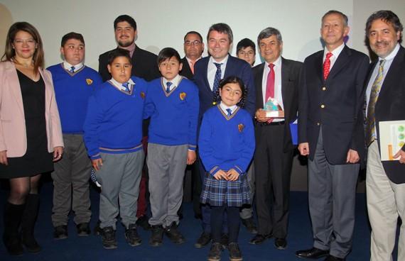 Corporación Pro O´Higgins es premiada por su aporte al medioambiente en Centro Cultural La Moneda
