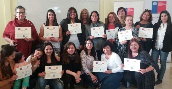 Finalizan Escuelas de Líderazgos SERNAMEG –  Fundación Instituto de la Mujer