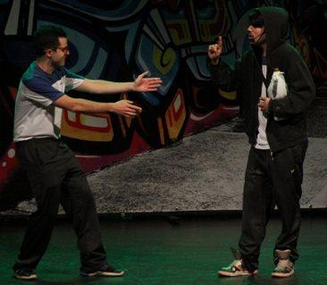 Escolares conocen los negativos efectos del consumo de alcohol y drogas con obra teatral