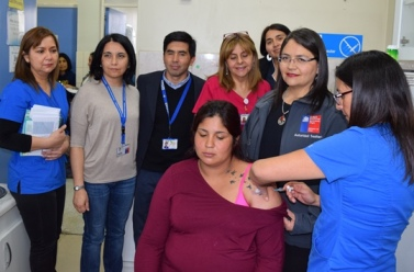 Sector Salud refuerza llamado a vacunación de embarazadas contra la Tos Convulsiva