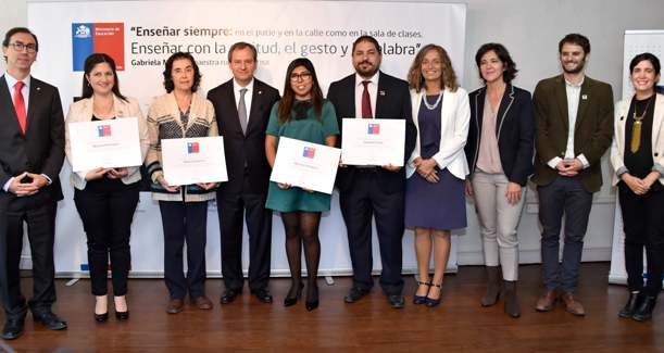 Ministro Varela lanza ciclo de charlas para avanzar hacia una nueva pedagogía
