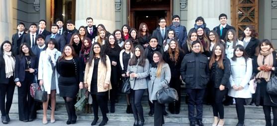 Estudiantes de Derecho UOH visitan Corte Suprema