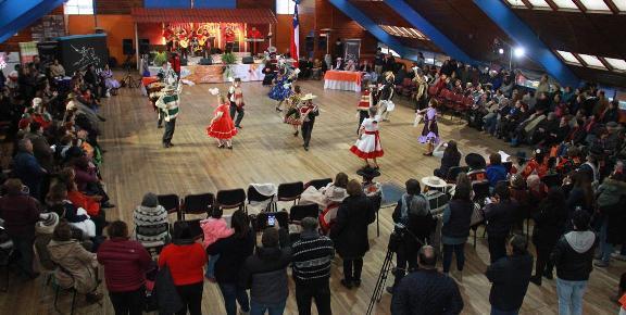 Municipalidad de Rancagua coronó a los nuevos campeones de la cueca del adulto mayor