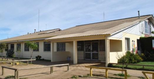 """Hospital de Pichilemu refuerza equipo de salud  ante inminente llegada del """"18"""""""