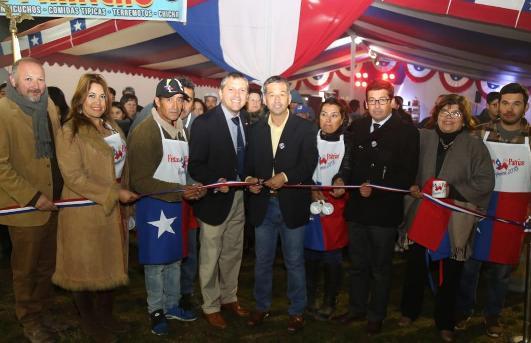 Intendente Masferrer participó en la inauguración de las fondas y ramadas de Requínoa