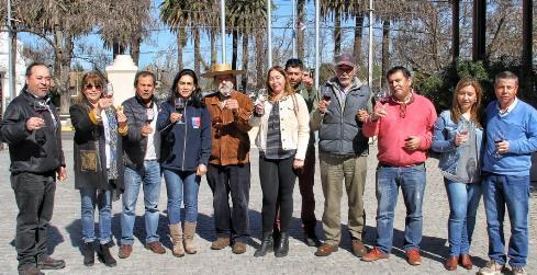 Pequeños productores vitivinícolas participaron en cata y análisis de vinos