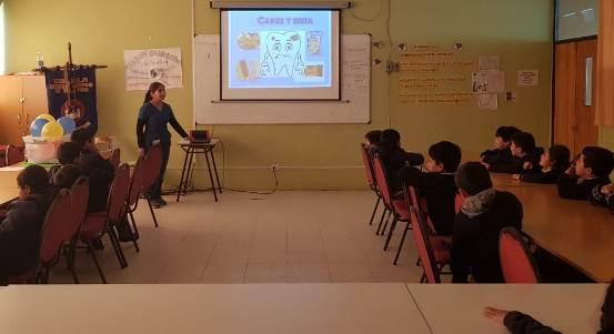 Unidad dental de Hospital de Pichidegua realizó taller educativo a estudiantes de la comuna
