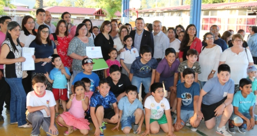 Intendente Masferrer apoya labor de organizaciones de Coltauco con entrega de recursos del Fondo Social Presidente de la República