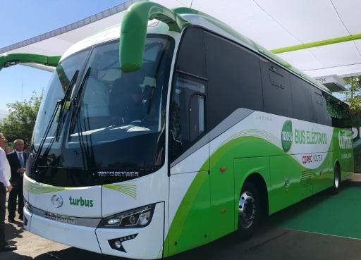 Ministra de Energía presenta el primer bus eléctrico interurbano del país, que circulará entre Santiago y Rancagua