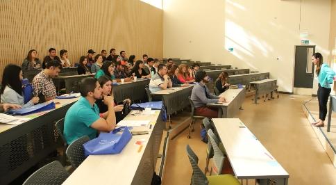 UOH y MINEDUC realizaron jornada de actualización metodológica para docentes de inglés en la región