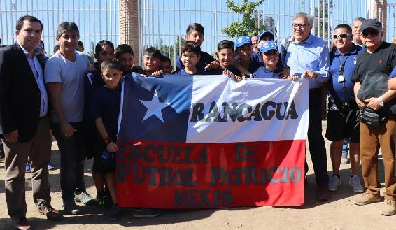 Alumnos de escuelas de fútbol municipal viaja a Argentina