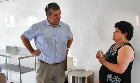 Director regional de INDAP conoció emprendimientos de pequeños  productores destacados de Lolol y Paredones