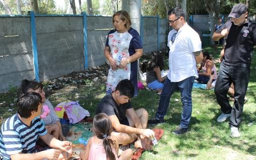 Niños y adolescentes del Programa Abriendo Caminos despiden vacaciones de verano en Piscina Municipal de Guacarhue