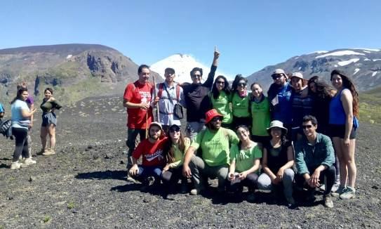 Jóvenes de la Región realizaron trabajos de mantención y mejoramiento en Parque Nacional Villarrica