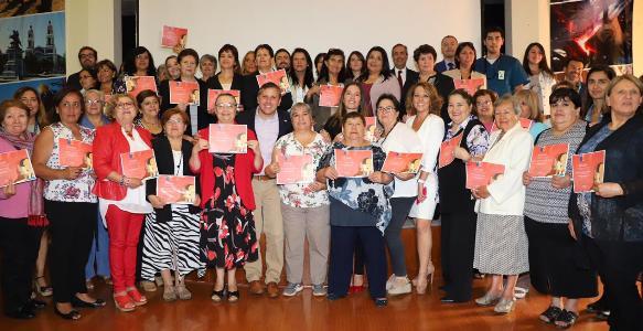 Intendente Masferrer conmemoró Día Internacional de la Mujer con usuarias de la Red de Salud